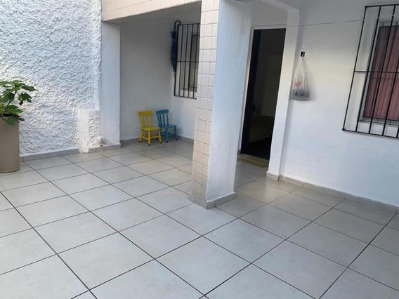 Casa Térrea Com 2 Dorm., 1 Wc, 2 Vagas, Sala, Cozinha