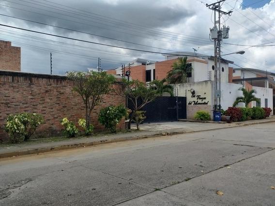 En Venta Twon House , Con Pozo , Internet Satélital Mg