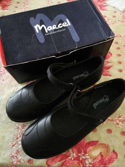 Guillermina Zapato Escolar Marcel Color Negro