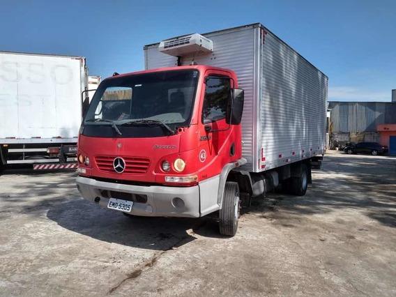 Mercedes-benz 915c Ano 2009 Com Bau Refrigerado