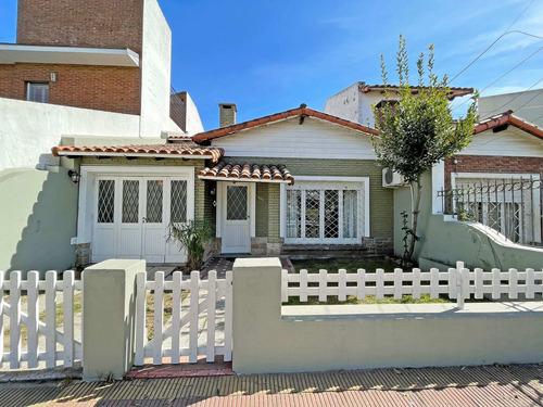 Imagen 1 de 30 de Casa En Venta De 3 Dormitorios La Plata