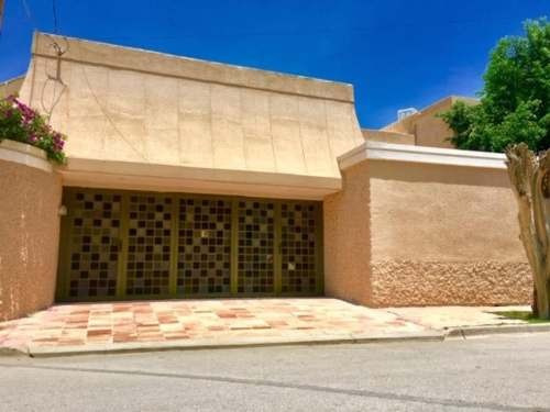 Oficina Comercial En Renta Campestre La Rosita