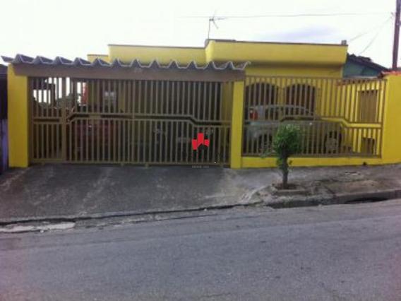Casa Com Ótimo Terreno 10x25m - Pe15793