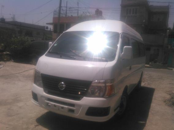 Nissan Urvan Camioneta