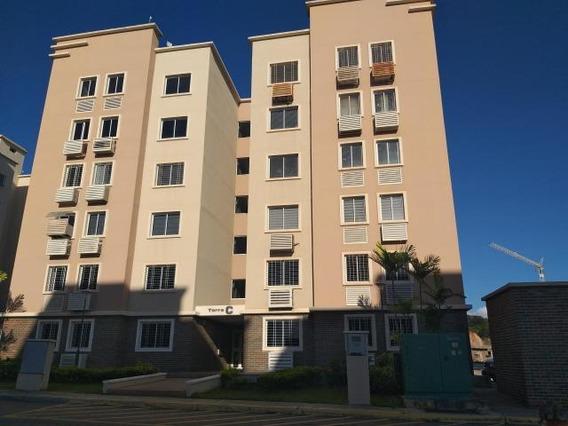 Apartamento En Venta Ciudad Roca Barquisimeto 20-23322 Mf