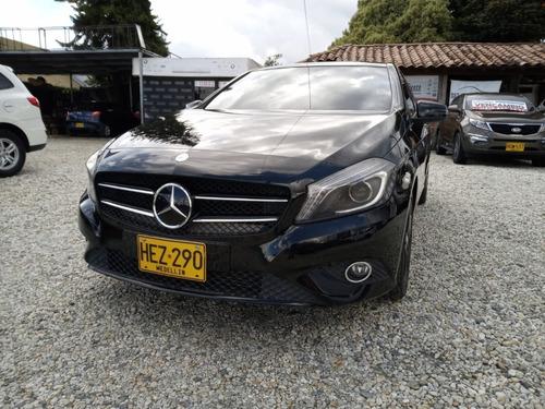 Mercedes Benz A 200 2014 Negro Full Turbo At 1.6
