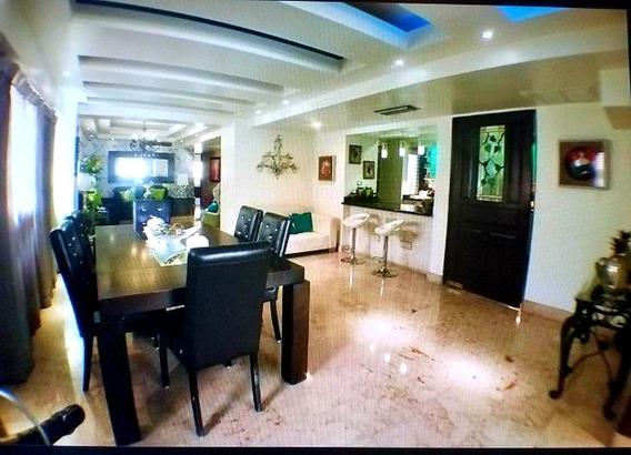 Penthouse Amueblado En Bella Vista