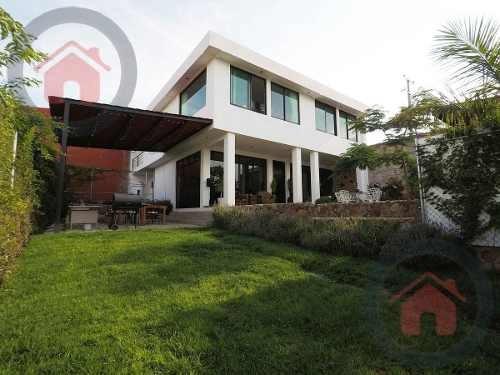 Balcones Del Campestre - Amplia Con Jardi?n - $5,100,000 - Casa En Venta - Zona Norte - Leo?n Gto