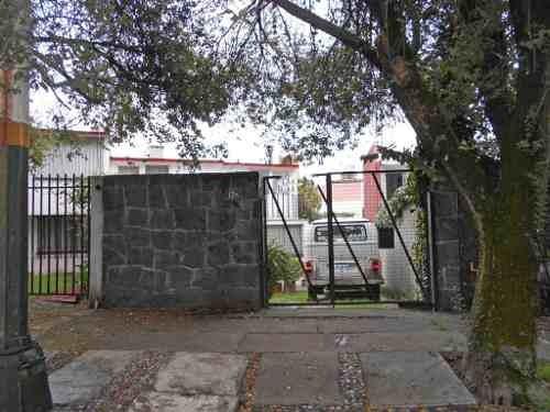 Casa En Venta En Ciudad Satélite, Naucalpan Rcv-3804