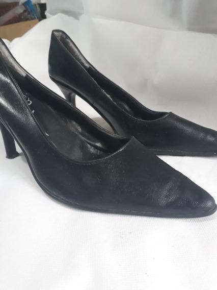 Zapatos Taco Alto 8.5 Cms Talle 40