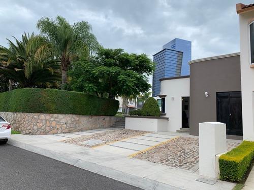 Oportunidad, Casa Venta En Centro Sur