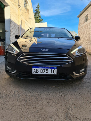 Ford Focus Iii 2.0 Sedan Titanium Mt 2017