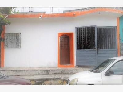 Casa Sola En Venta Col. La Reliquia