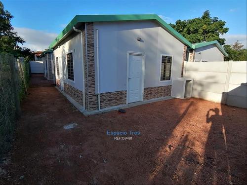 Alquiler Casa 2 Dorm, 1 Baño Lagomar Norte A Estrenar
