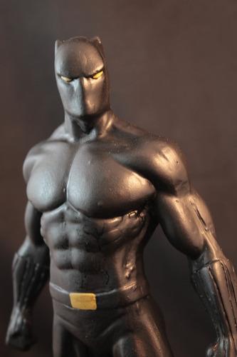 Escultura Em Resina Pantera Negra 28 Cm