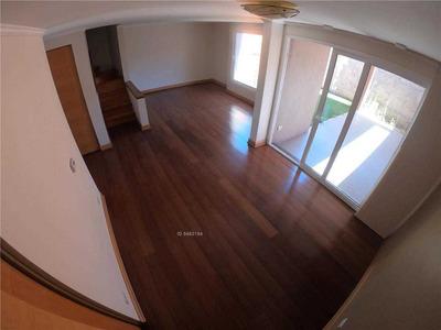 Casa Nueva En Condominio, Llegar Y Habitar. Carlos Alvarado / Tomás Moro