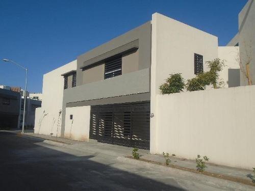 Casa En Condominio En Venta En Cerradas Concordia, Apodaca, Nuevo León