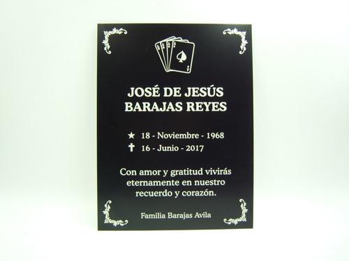 Imagen 1 de 6 de Placas Funerarias Para Criptas Lapidas Grabado Láser Gratis