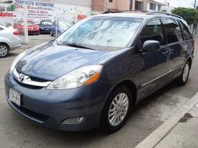 Toyota Sienna Limited 2010