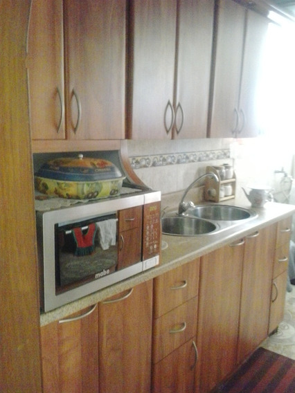 Apartamento En Las Acacias - Vanessa 04243219101