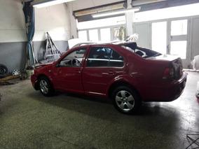 Volkswagen Bora 2.0 Chocado
