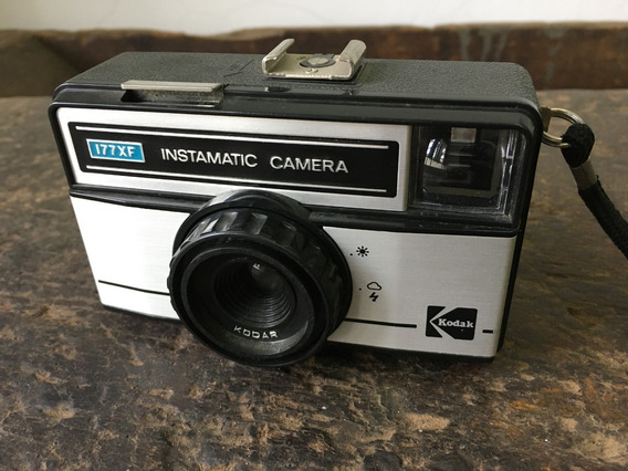 Camera Fotográfica Kodak Instamatic 177xf