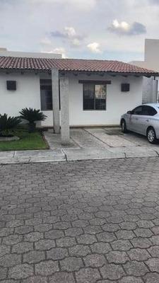 Renta Casa En Priv. Bellavista En El Pueblito Cortegidora Qro Mex