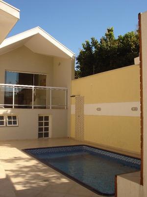 Linda Casa Com Piscina No Jd. América Em Jacareí-sp - Cv113 - 3277740