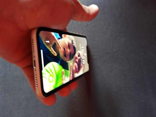 Vendo iPhone XR 256gg Cor Amarela