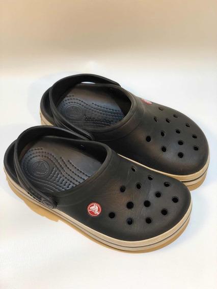 Crocs De Niño Color Negro Y Blanco Talle J4 W6