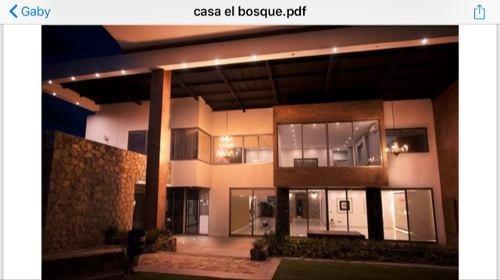 Hermosa Residencia El Bosque Country Club