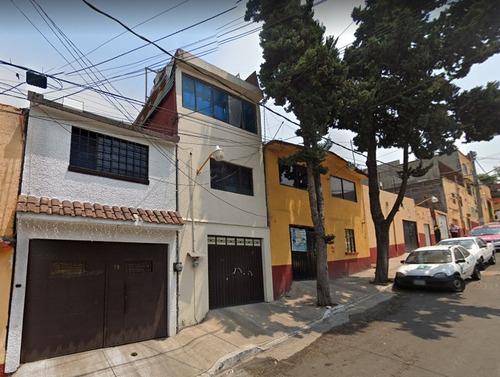 Imagen 1 de 4 de Casa A 10 Minutos De Plaza Centenario *mac*
