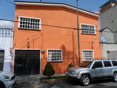 Edificio Con 4 Depas En Venta, Petrolera, Azc.