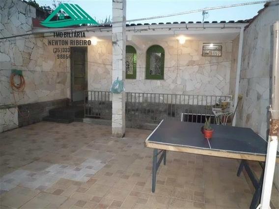 Casa A Venda No Bairro Santa Monica Em São Lourenço - Mg. - 193-1