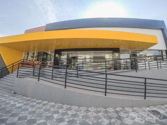 Loja Térrea Dentro De Centro Comercial No Centro Da Cidade, Com 20 M², Estacionamento Para Clientes. - 3578959