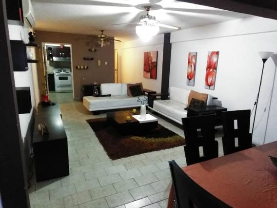 En Venta Penthouse En Calicanto 04243603965
