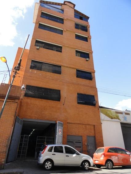 Edificio En Quinta Crespo - Abastecedora De Alimentos