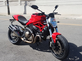 Ducati Monster 821 2015 Vermelha / 13.900km