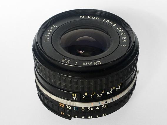 Lente Nikon 28mm 1:2.8