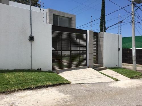 Casa Sola En 3 De Mayo / Emiliano Zapata - Ine-569-cs