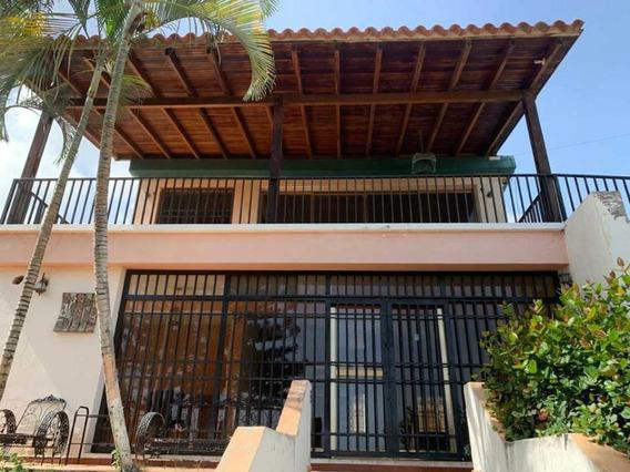 Se Vende Casa 672m2 4h+s/5b+s/2p Caribe