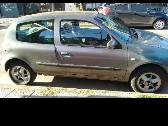 Renault Clio 1.2 Athentique Aa 2006
