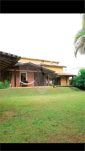 Casa De Condomínio Com 5 Quartos Sendo 4 Suítes Para Locação, 630 M² Por R$ 7.800/mês - 298-im495671