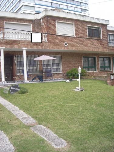Casa En Venta Brava 3 Dormitorios- Ref: 372