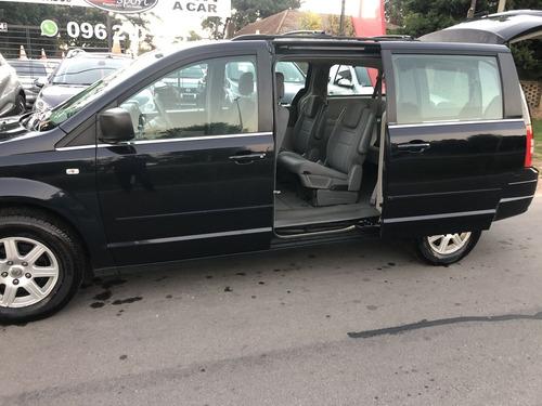 Chrysler Town & Country 3.8 V6 Extra Full 5 Ptas