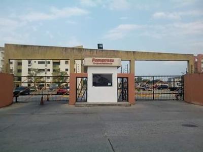 Apartamento En Paraparal, Res. Pomarrosa Gla-264