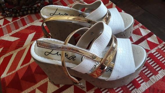 Sandalia Blancas Y Dorado Marca Luna Chiara Un Uso
