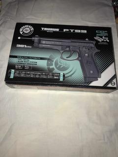 Pistola Airsoft Co2 Pt99