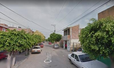 Casa De Remate Bancario Col.jardines De La Hacienda