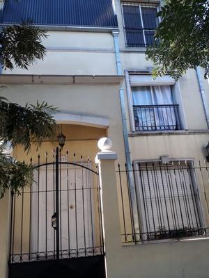Pellegrini N° 1175, Moron, Buenos Aires